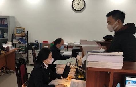 Giải pháp hỗ trợ doanh nghiệp thực hiện thủ tục hải quan trên địa bàn Hà Nội