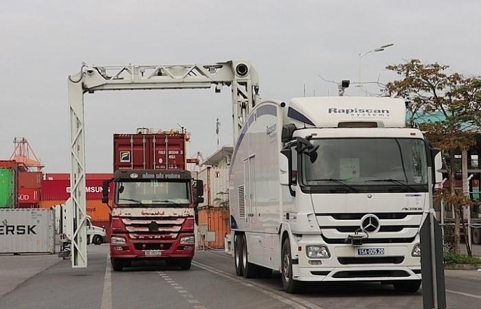 Hải quan đưa nhiều thiết bị hiện đại vào kiểm soát hàng hóa