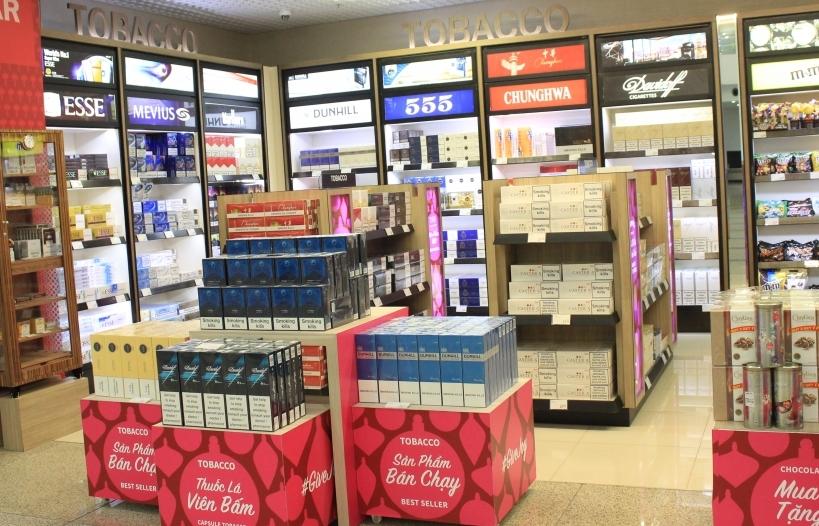 Thuốc lá bán tại cửa hàng miễn thuế phải dán cảnh báo sức khỏe bằng tiếng Việt