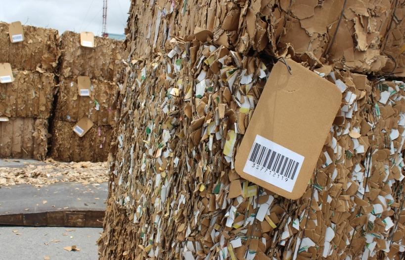 Loạt biện pháp xử lý phế liệu tồn đọng tại cảng biển
