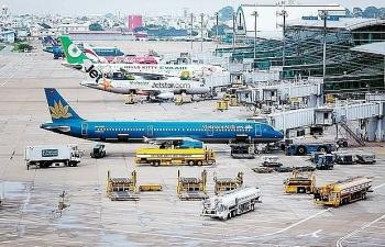 Cổ phiếu hàng không lao đao trên thị trường chứng khoán
