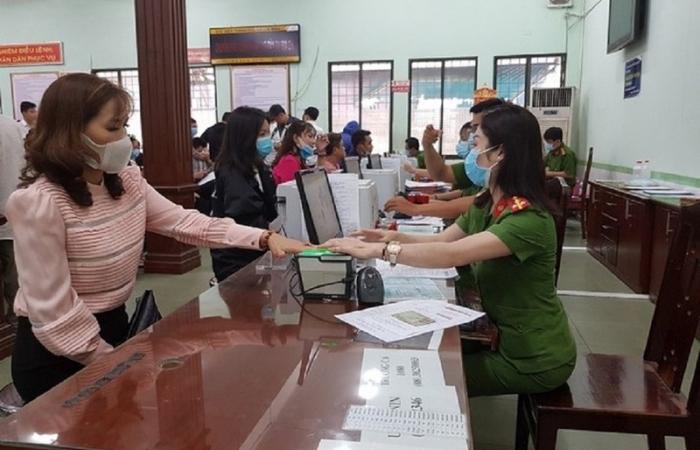 Chậm thông báo với cơ quan Thuế sau khi đổi căn cước công dân có bị nộp phạt?