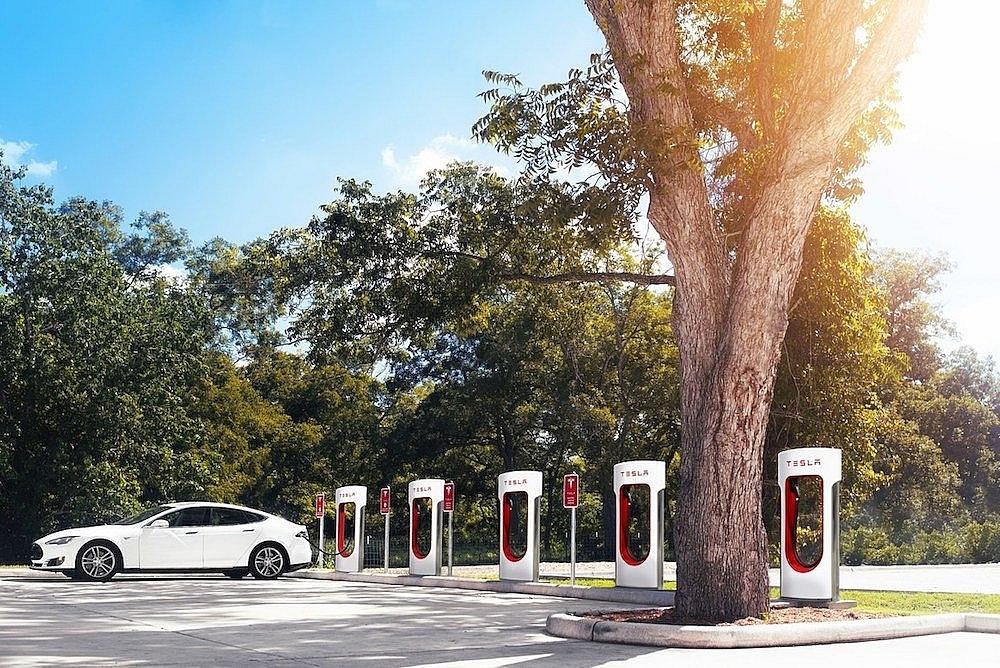 Bộ Tài chính: Nhiều chính sách ưu đãi thúc đẩy phát triển các dòng xe ô tô thân thiện với môi trường