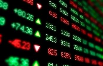 Khối lượng và giá trị giao dịch cổ phiếu niêm yết trên HNX năm 2019 giảm mạnh