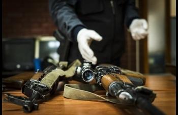 WCO được cấp quyền truy cập cơ sở dữ liệu iARMS của INTERPOL tra cứu về vũ khí bị thu giữ