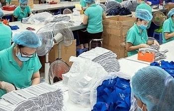Thủ tướng: Chỉ xuất khẩu khẩu trang cho các nước bị ảnh hưởng nặng từ dịch bệnh