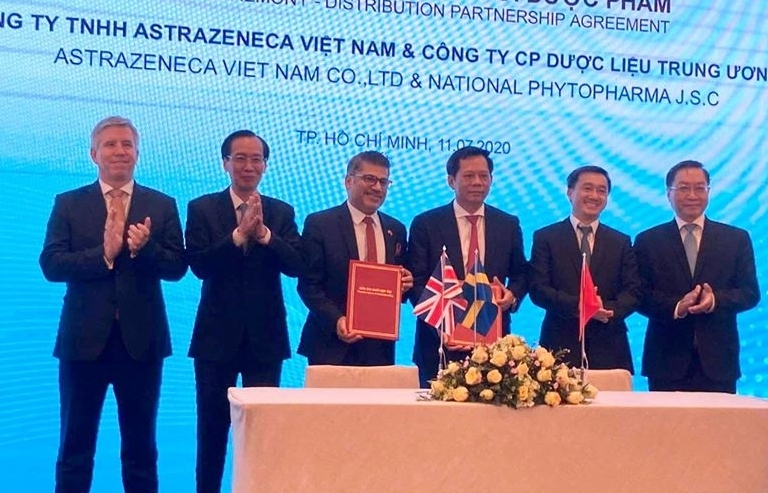 Ký kết hợp tác giữa DN phân phối thuốc của Việt Nam và Tập đoàn dược phẩm đa quốc gia