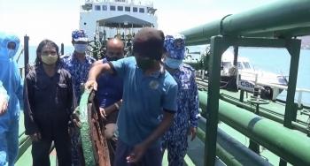 Cảnh sát biển bắt giữ tàu nước ngoài vận chuyển 1.700 nghìn lít dầu DO