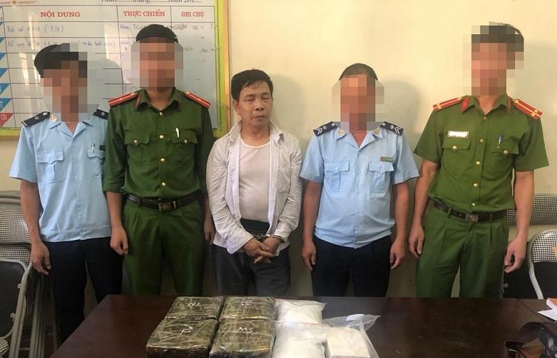 """Hải quan Hà Tĩnh phối hợp ra quân """"cất mẻ lưới"""