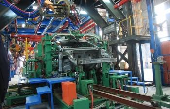Sản xuất ô tô trong nước tính phương án đối phó Covid-19