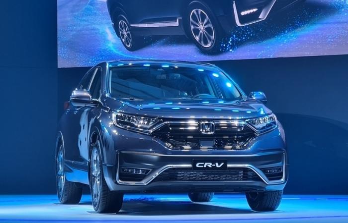 Lắp ráp trong nước, trang bị công nghệ tiên tiến, Honda CR-V 2020 có giá từ 998 triệu