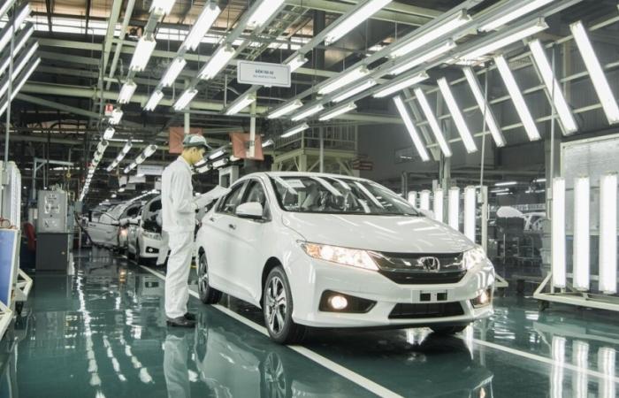 Không kéo dài chính sách giảm 50% phí trước bạ với ô tô sản xuất trong nước?