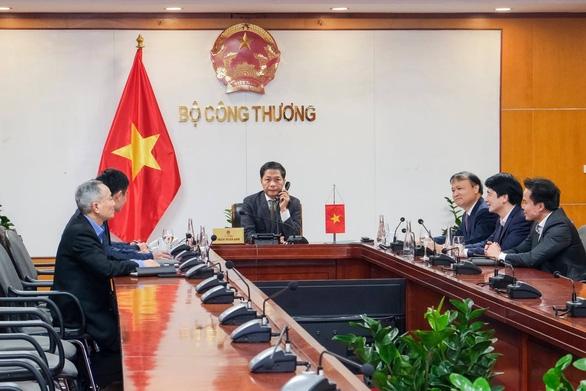 Hoa Kỳ không áp thuế hoặc sử dụng các biện pháp trừng phạt đối với hàng hóa xuất khẩu của Việt Nam