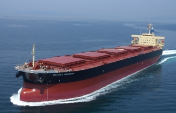 Hòa Phát mua 2 tàu cỡ lớn 90.000 tấn chuyên chở quặng sắt, than
