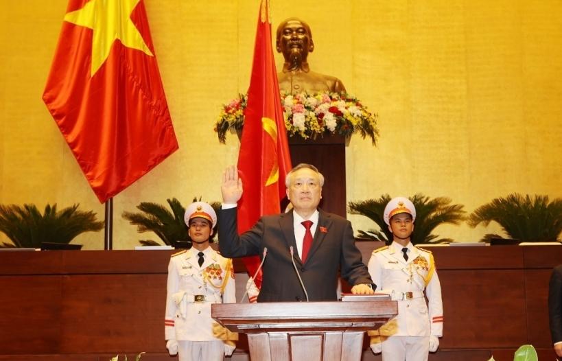 Chánh án Toà án nhân dân tối cao Nguyễn Hoà Bình tuyên thệ nhậm chức