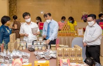 Đặc sản Việt vào siêu thị lớn, xuất Singapore, xuất Nhật