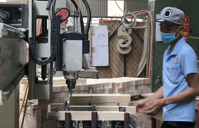 """Chủ động nguồn nguyên liệu để đảm bảo xuất khẩu gỗ """"về đích"""" 14 tỷ USD"""