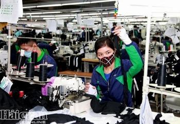 """ILO: Covid-19 sẽ """"cướp đi"""" 195 triệu việc làm"""