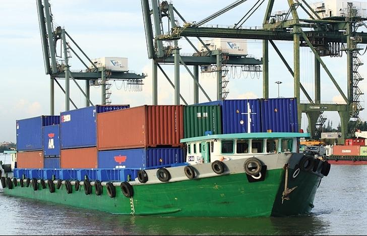 Gỡ vướng thủ tục hàng quá cảnh vận chuyển bằng đường thủy nội địa