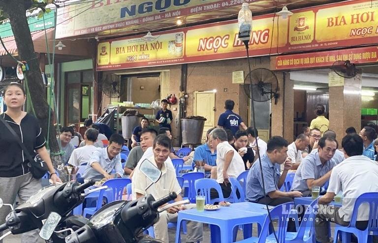 Hà Nội tạm dừng hoạt động nhà hàng bia, quán bia