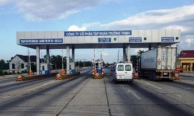 Đề nghị miễn phí BOT cho xe vận chuyển hàng hóa hỗ trợ miền Trung