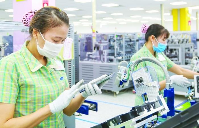 Doanh nghiệp cần đáp ứng điều kiện gì để vừa cách ly, vừa đảm bảo sản xuất, kinh doanh an toàn?