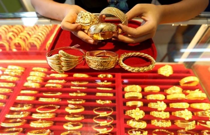 Giá vàng thế giới giảm sâu nhất trong 6 tuần qua