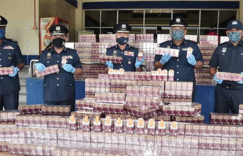 Hải quan Malaysia bắt giữ 40 triệu điếu thuốc lá lậu