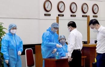 Thủ trưởng chịu trách nhiệm nếu cán bộ bị lây nhiễm Covid-19 khi không chấp hành đầy đủ các biện pháp phòng, chống dịch