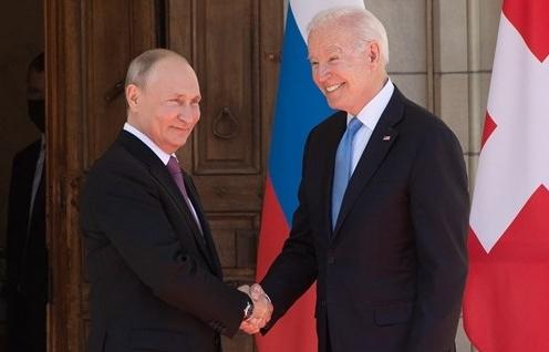 """Tổng thống Mỹ Biden tin vào """"triển vọng"""" cải thiện quan hệ với Nga"""