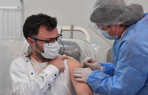 EU kêu gọi sử dụng tất cả các loại vaccine COVID-19 hiện có