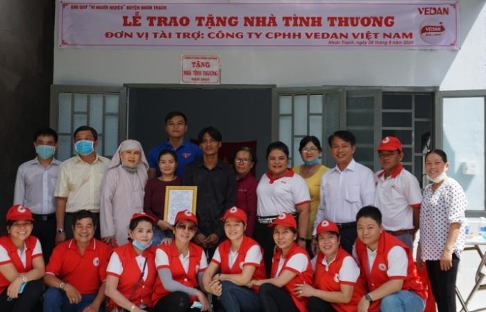 Công ty CPHH Vedan Việt Nam trao tặng 2 căn nhà tình thương