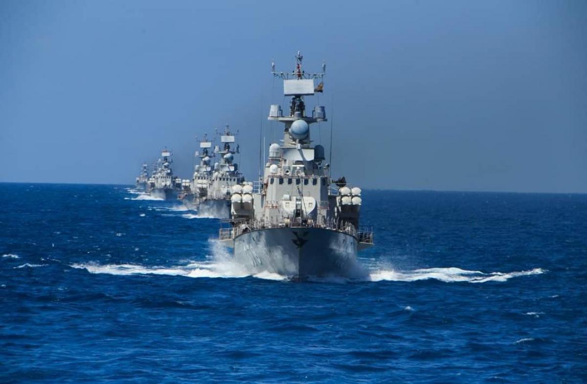 Đội tàu Lữ đoàn 162, Vùng 4 Hải quân huấn luyện trên biển.